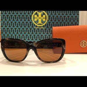 Tory Burch Marble stripe sunglasses